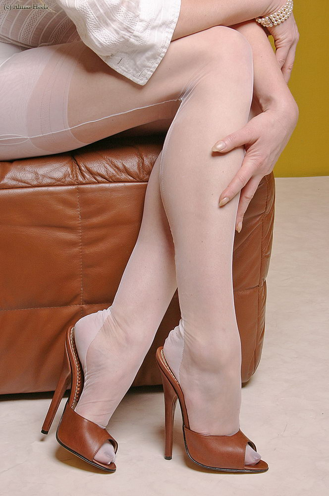 Long legs stockings pantyhose that result