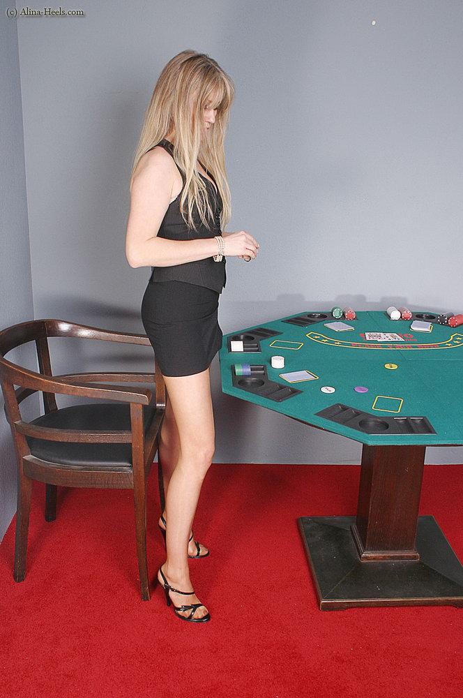 Sexy thick latina blowjob