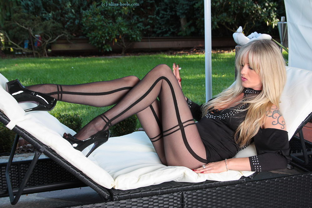 Alina Pantyhose Tease Video Free Sex
